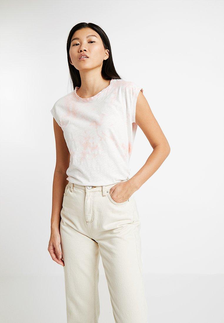 AllSaints - DYETIE BROOKITA TEE - Print T-shirt - pink/chalk white