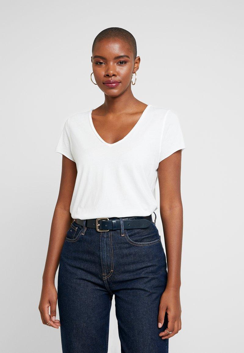 AllSaints - EMELYN TONIC TEE - T-shirts - chalk white