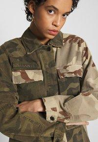 AllSaints - FINCH CAMO JACKET - Denim jacket - camo green - 5