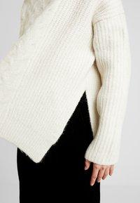 AllSaints - LILIYA JUMPER - Jersey de punto - dune white - 5