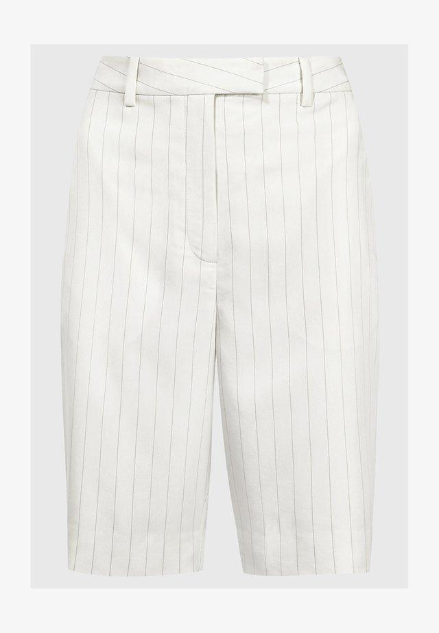 SHORT - Shorts - white