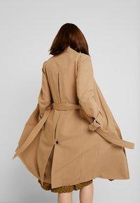AllSaints - AVITA - Trenchcoat - tawny brown - 2