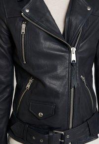 AllSaints - ELINE OVERSIZED BIKER - Giacca di pelle - black - 6