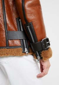 AllSaints - HAWLEY SHEARLING - Leather jacket - rust brown - 4