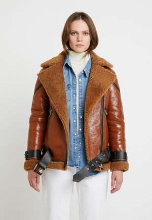 HAWLEY SHEARLING - Lederjacke - rust brown