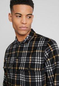 AllSaints - BERTHOLD  SHIRT - Skjorta - black - 3