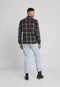 AllSaints - BERTHOLD  SHIRT - Skjorta - black - 2