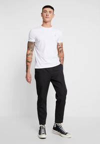 AllSaints - LUCKETT TROUSER - Kangashousut - washed black - 1