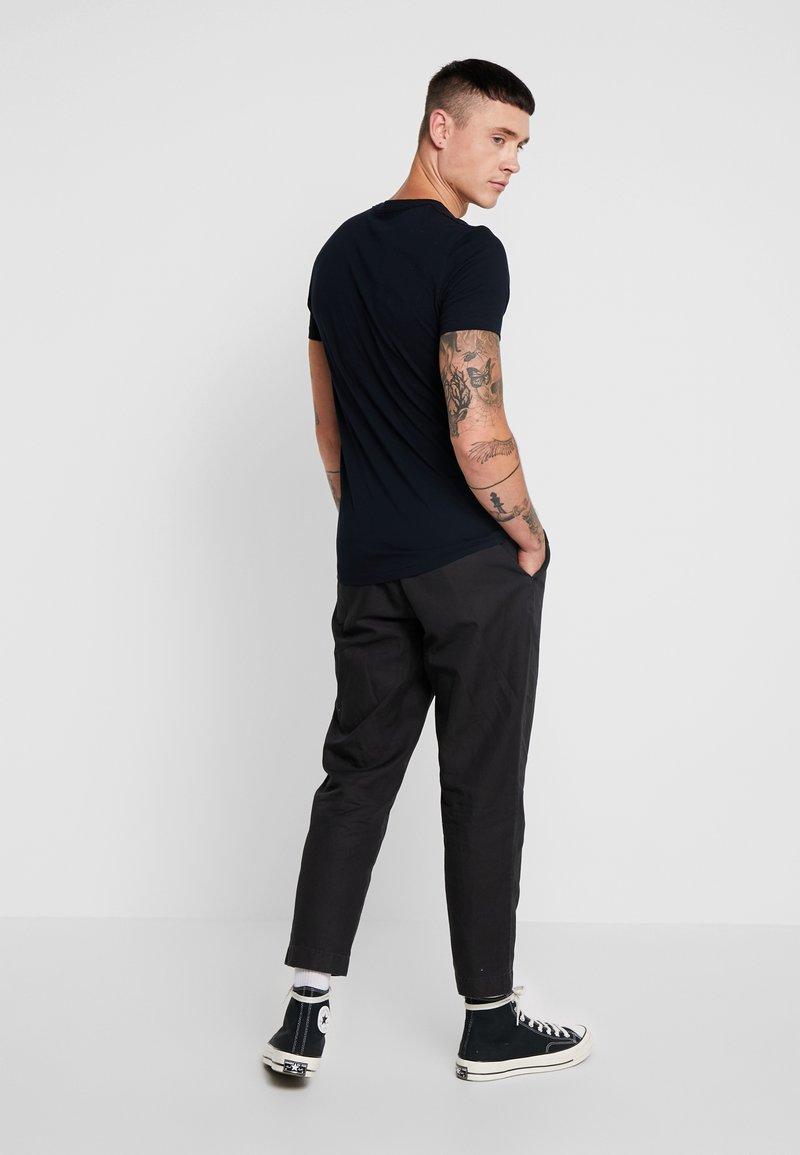 AllSaints TONIC CREW - T-shirts - ink navy