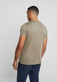 AllSaints - TONIC CREW - T-shirt - bas - beech green - 2