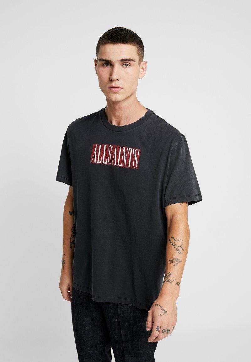 AllSaints - INTEGERS CREW - T-shirts med print - jet black/red