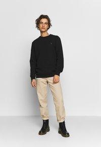 AllSaints - RAVEN CREW - Sweatshirts - black - 1