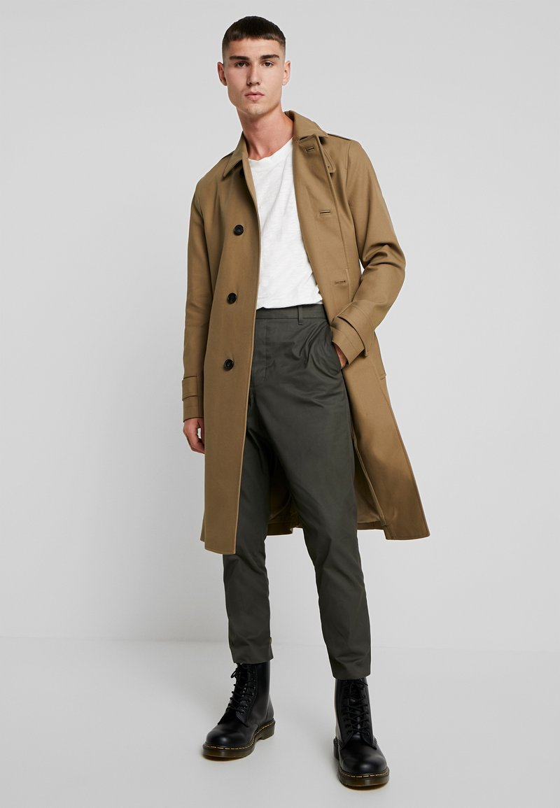 AllSaints - APSLEY - Trench - brown