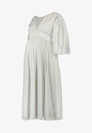 CAPE SLEEVE WITH SATIN WAISTBAND - Vestido de fiesta - silver