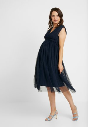 GATHERED V FRONT MIDI DRESS - Cocktailklänning - navy