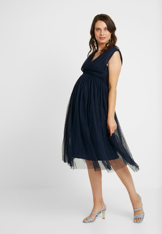 GATHERED V FRONT MIDI DRESS - Vestito elegante - navy