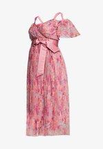 PLEATED COLD SHOULDER MIDI DRESS WITH TIE BELT - Sukienka letnia - pink
