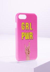 Antwerp Avenue - IPHONE 6/7/8 - Étui à portable - pink yellow - 0