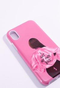 Antwerp Avenue - IPHONE X/XS - Étui à portable - pink/black - 3