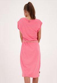 alife & kickin - ELLI LONGAK - Jersey dress - salmon - 2