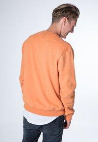 alife & kickin - VINCENT  - Sweatshirt - peach - 2