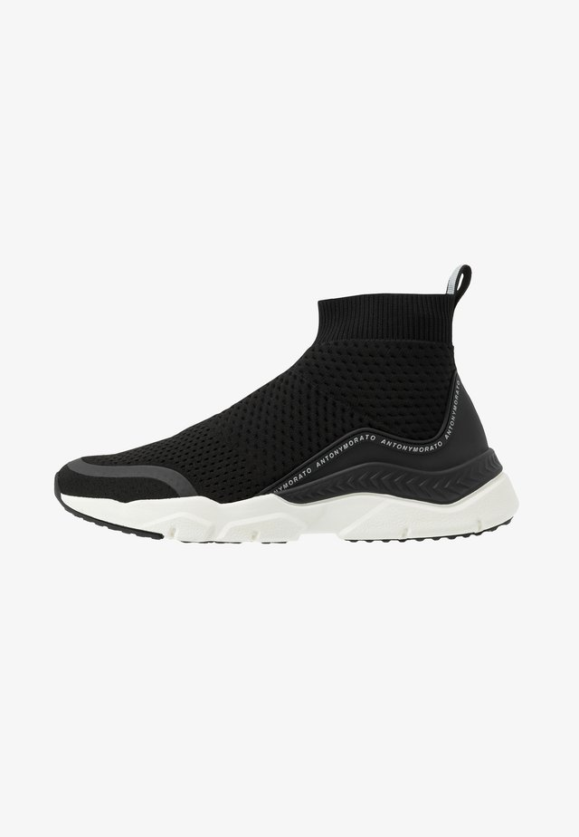 CREED RUNNING - Sneakers hoog - black