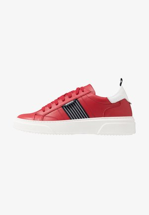 ULMA  - Trainers - red