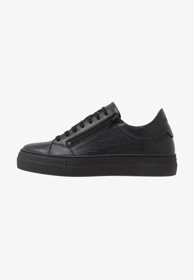 ZIPPER - Trainers - black