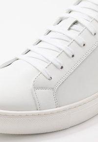 Antony Morato - SCREEN - Trainers - white - 5