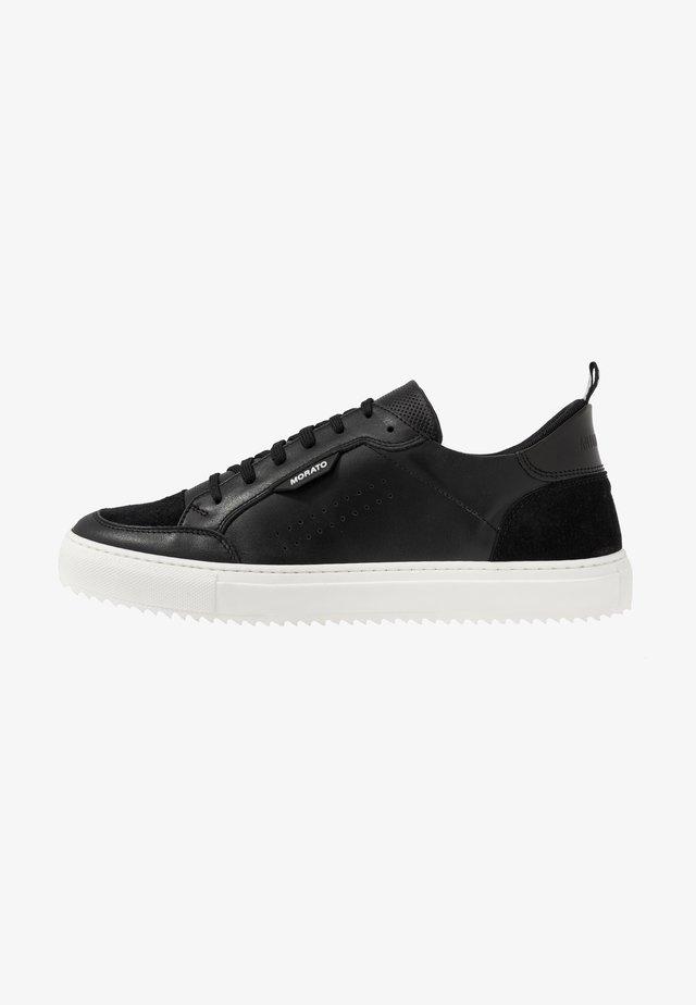 KEEN - Sneaker low - black