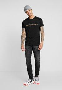 Antony Morato - OZZY - Jeans Tapered Fit - black - 1