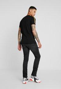 Antony Morato - OZZY - Jeans Tapered Fit - black - 2