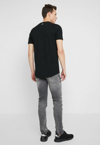 Antony Morato - IGGY - Jeans Tapered Fit - steel greey - 2