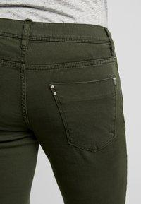 Antony Morato - PANTS BARRET - Jeans Slim Fit - military green - 3