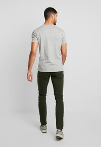 Antony Morato - PANTS BARRET - Jeans Slim Fit - military green - 2
