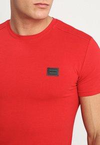 Antony Morato - Basic T-shirt - rosso - 4