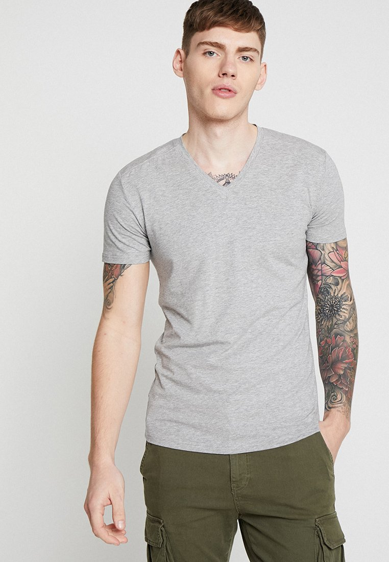 Antony Morato - SPORT V-NECK WITH METAL PLAQUETTE - T-Shirt basic - medium grey