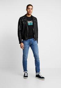 Antony Morato - ROUND COLLAR WITH FRONT - Camiseta estampada - black - 1