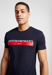 Antony Morato - Camiseta estampada - ink blue - 4