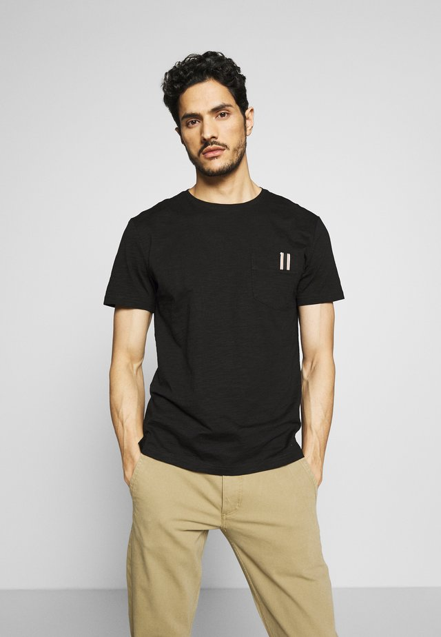 ROUND COLLAR WITH POCKET - T-shirt basique - black
