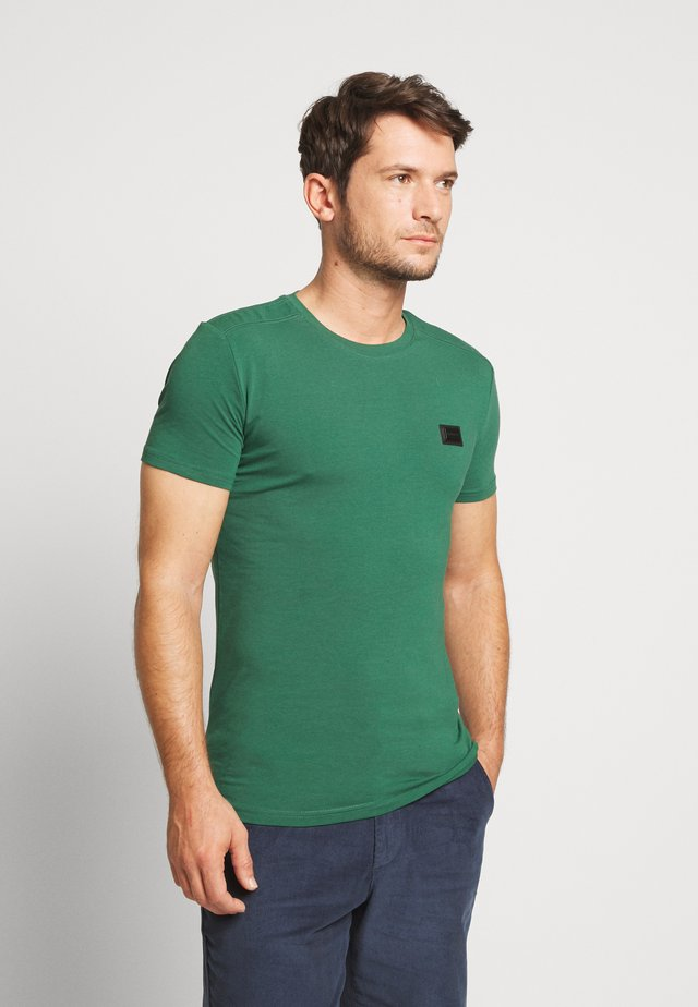 SPORT ROUND NECK COLLAR WITH PLAQUETTE ON CHEST - T-shirt basic - deep green