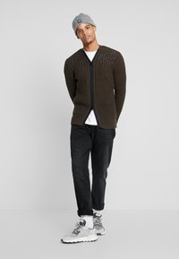 Antony Morato - WITH FRONT ZIP - Cardigan - military green - 1