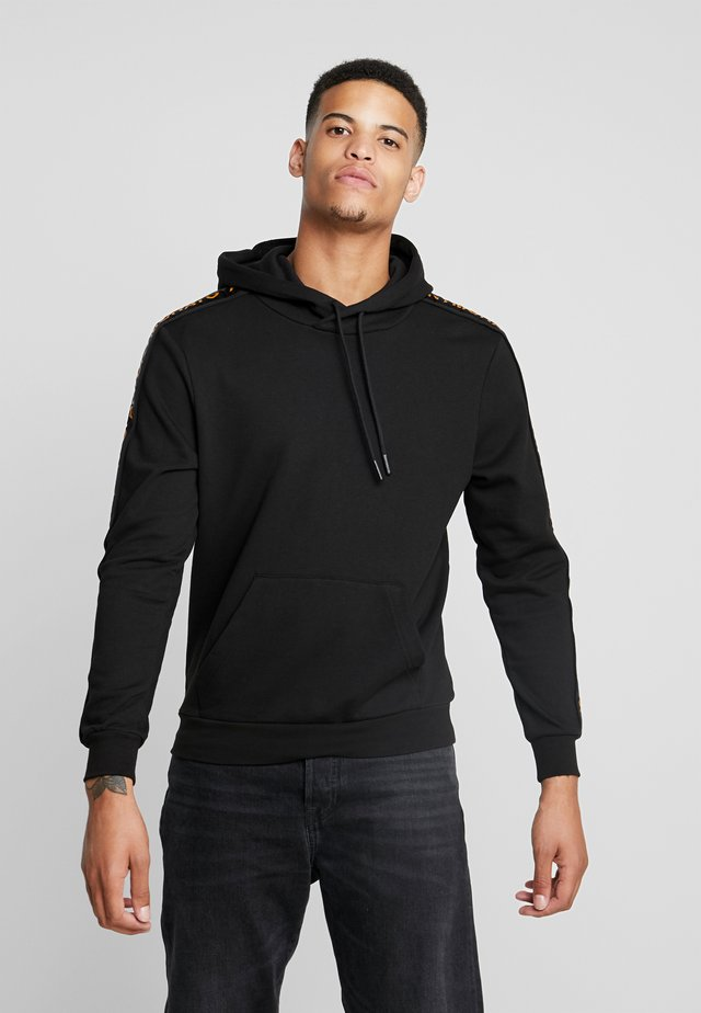 WITH HOOD AND LOGO TAPE - Hoodie - black