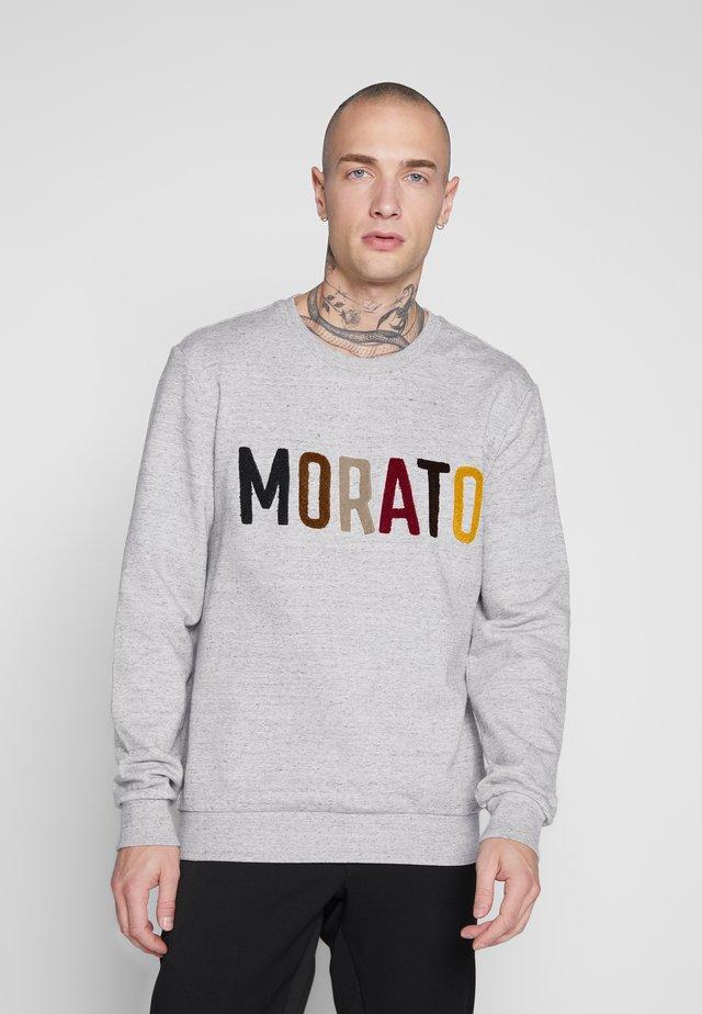 ROUND COLLAR WITH FRONT EMBROIDERY - Sweatshirt - medium grey melange