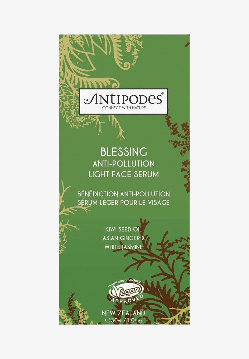 Antipodes - ANTIPODES BLESSING ANTI-POLLUTION SERUM - Serum - -