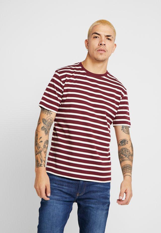 RIB STRIPED  - T-Shirt print - burgundy/nature