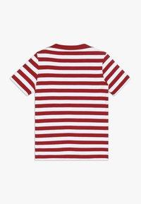 Armor lux - MARINIÈRE CARANTEC KIDS - Print T-shirt - braise/blanc - 1