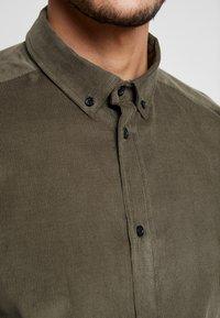 Anerkjendt - KONRAD - Shirt - khaki - 5