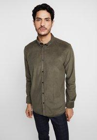 Anerkjendt - KONRAD - Shirt - khaki - 0