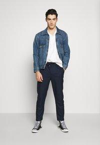 Anerkjendt - PANTS - Pantalones - dark blue - 1